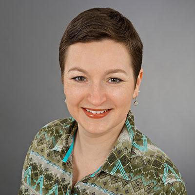 Dr. Stefanie Handl